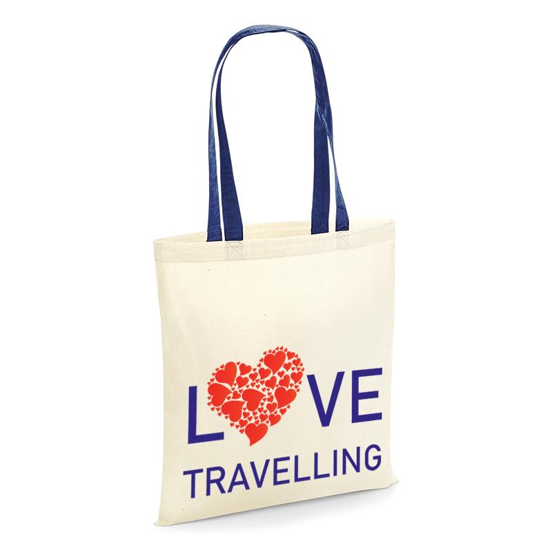 Tote shopper love travelling