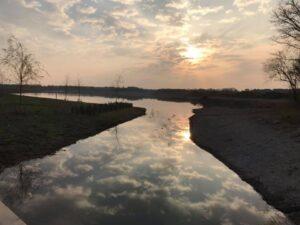 Robin How - Sunrise at Hampton Waters